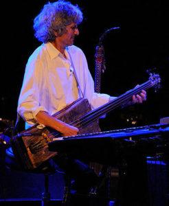 Loy au Gumbass en concert (cc Alain Ehrlich)