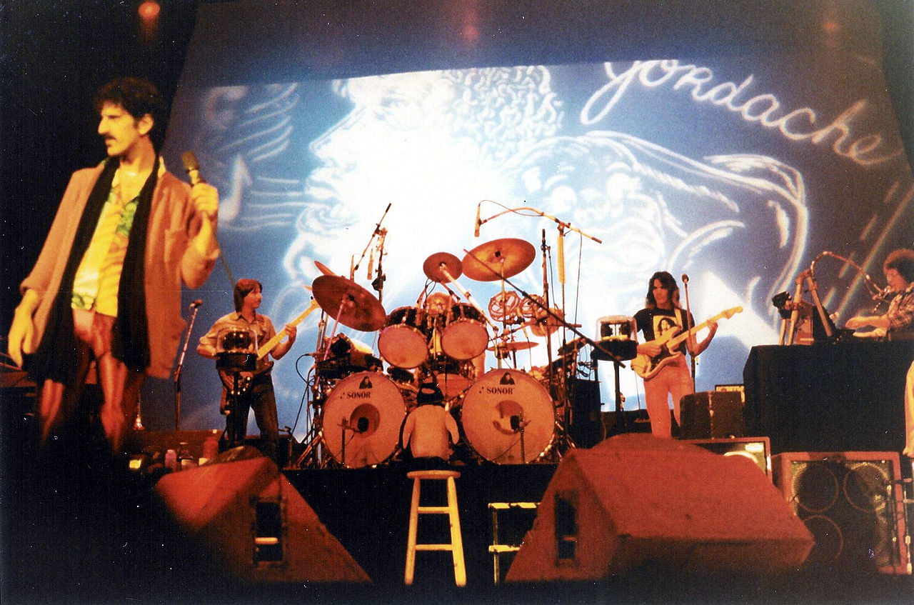 Frank Zappa on stage (photo Eddie Berman cc)