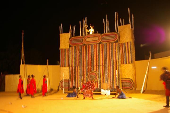 Spectacle les Bachantes, Irène Tassembedo, 2012 (photo Burkina24, DR)