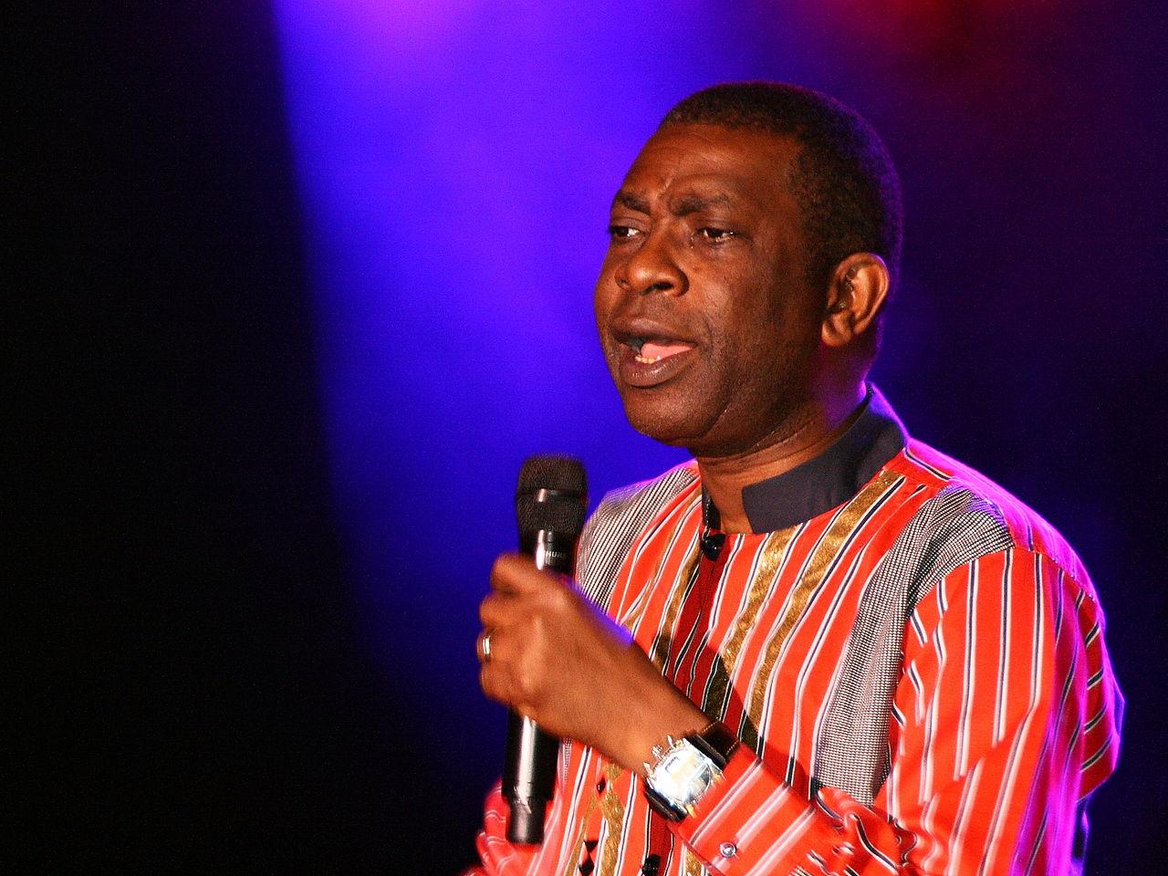 Youssou N'Dour sur scène (photo Schorle CC)